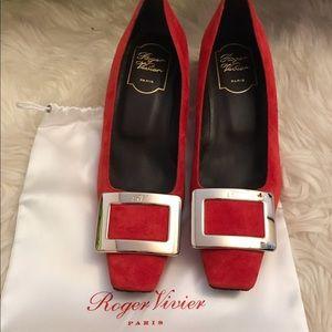 Brand New Authentic Roger Vivier